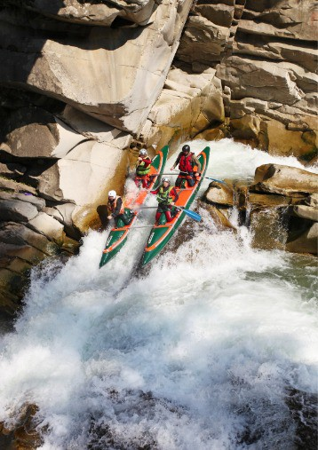 Extreme Water Sports Whitewater rafting